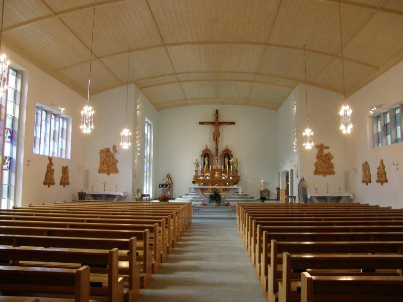 Kirche der Gemeinde Embd von innen